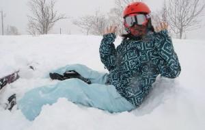 【二世古图片】狂风暴雪之红蓝企鹅日本树杈记