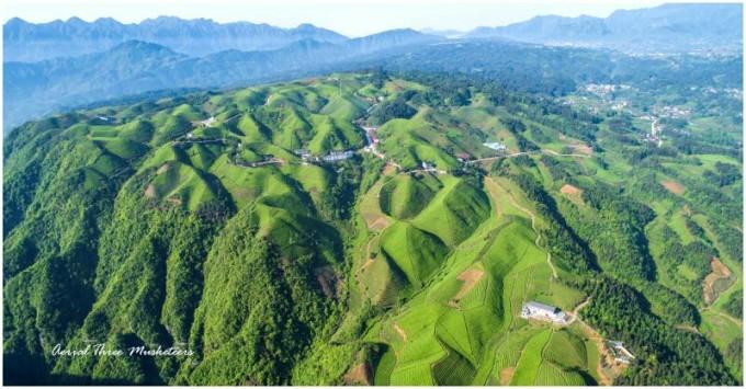 这是湖北省,恩施州,鹤峰县,茶园景区,一日游