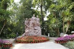 云南游览之三 ------ 游览西双版纳中科院热带植物园(下)