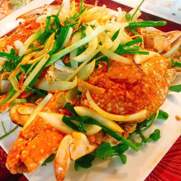 越南 游记  day1:夜市里的海鲜大餐  #富国岛夜市(号称全岛最热闹的夜