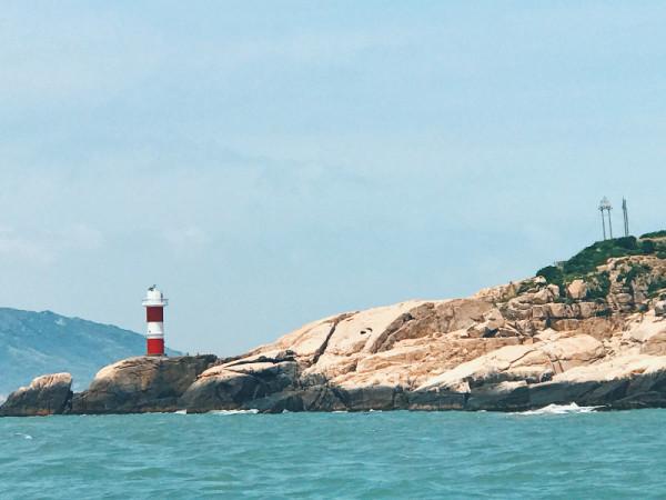 海上的灯塔.