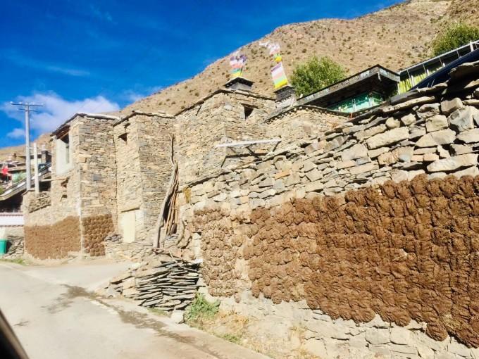 西藏自駕 24 自然原始的哲古風景
