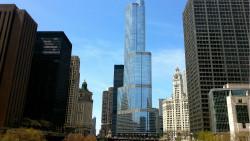 芝加哥景点-特朗普大厦(Trump Tower)