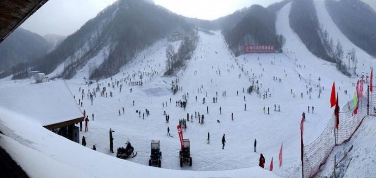 哈尔滨吉华滑雪场