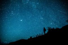 为你停留,牛背山;迷恋留给了星空。