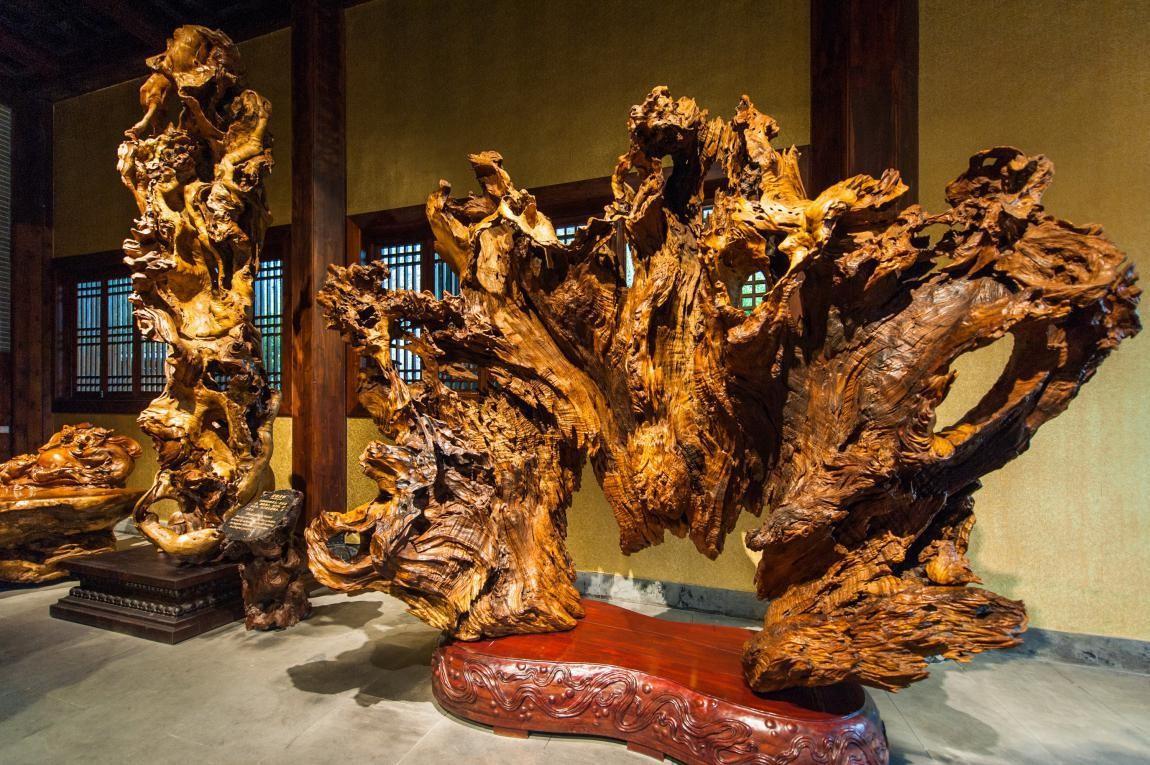 原始图片  这些写意形式的根雕都无不让人钦佩于雕刻艺术家们的创造