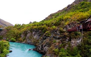 新西兰娱乐-AJ哈克特卡瓦劳大桥蹦极中心