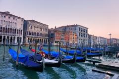 文艺情结害死穷人之我看到的繁华喧闹下的威尼斯(含离岛前往Burano布拉诺Murano穆拉诺)