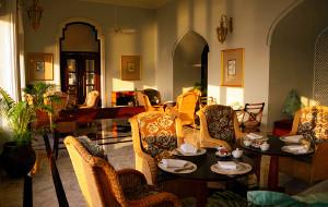 孟买美食-泰姬陵酒店海之酒吧