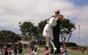 【智利图片】美加行之三十三------游览太平洋海滨城市圣地亚哥军港,参观世界博览百年会址巴尔波公园