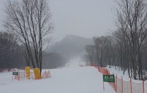 【松花湖图片】万科松花湖滑雪场,A1全景雪道很赞