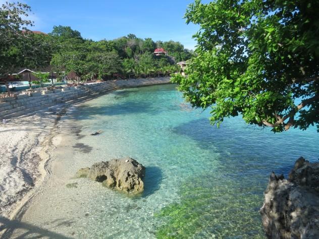 锡基霍尔岛上的树藤跳水和高台跳水有什么设施可以安排给不会游泳的人
