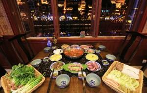 黔东南美食-古城红酸汤