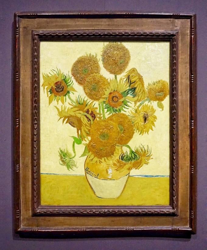 梵高的画除了向日葵还有好几幅,还有达芬奇,莫奈,拉斐尔等很多伟大