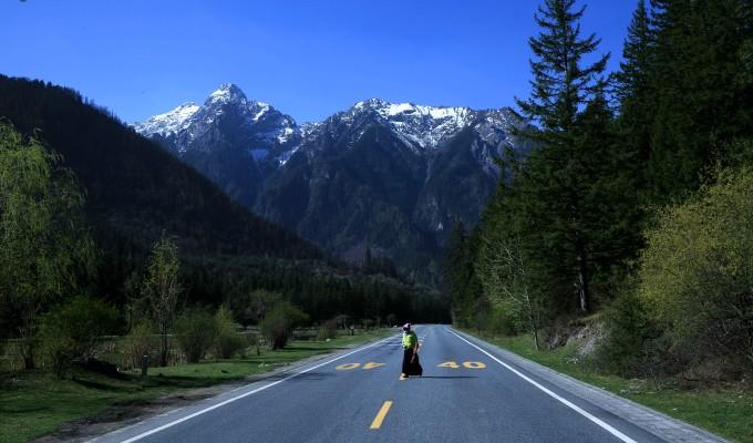 壁纸 道路 风景 高速 高速公路 公路 桌面 680_400