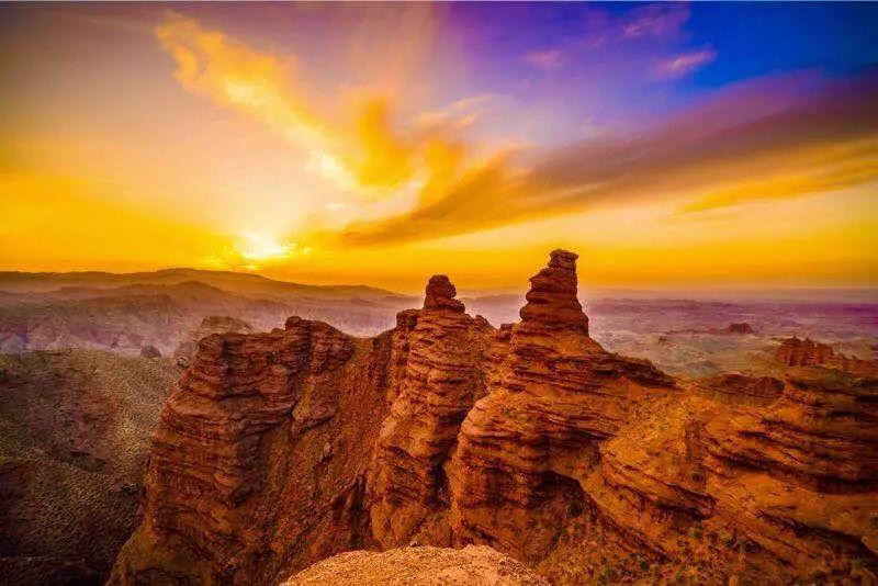 ZhangYe PingShanHu Grand Canyon
